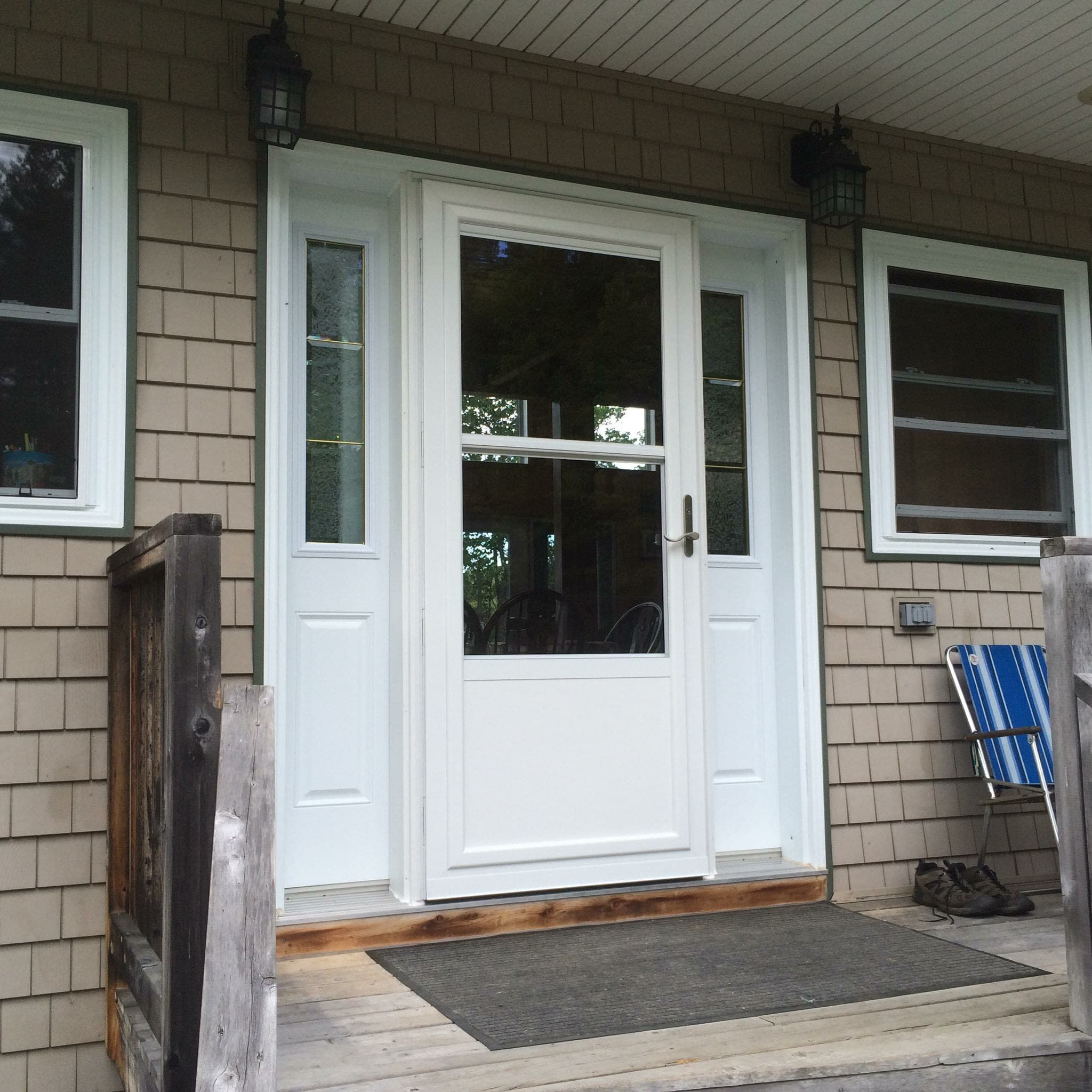 Need Emergency Repair? Call The Local Newport, ME Experts At Newport Glass.